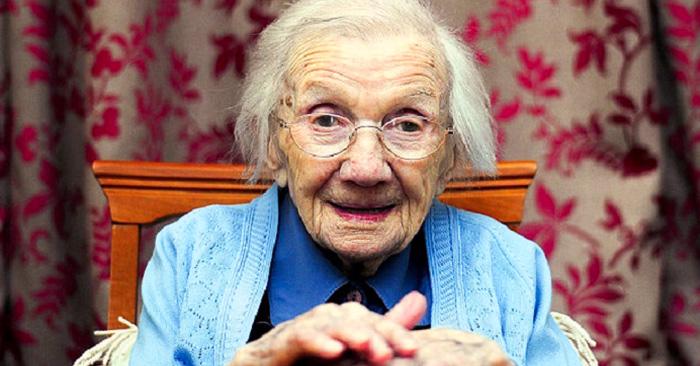 una mujer de 109 años reveló el secreto para una vida larga