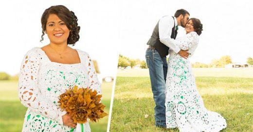 A falta de presupuesto, una mujer hace su vestido de novia tejido, se tarda 8 meses en terminarlo