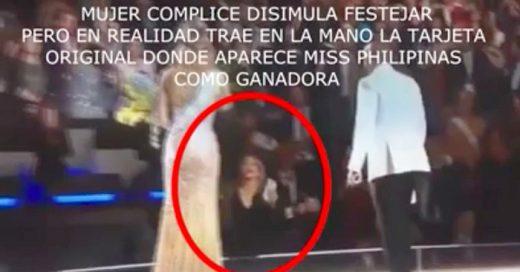 Video en el que se sugiere hubo fraude en el concurso de Miss Universo 2015. En el se muestra que hubo un cambio de tarjetas entre un hombre de traje y el presentador