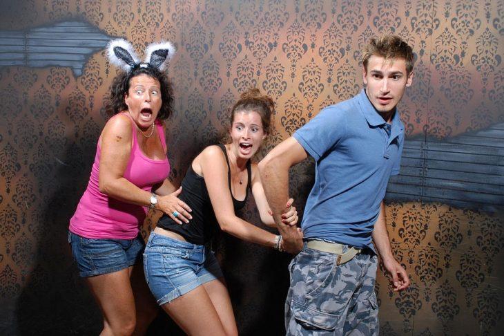 amigos asustados