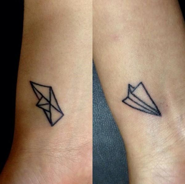 tatuajes barquitos de papel