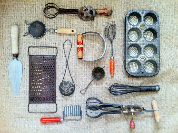 utensilios de cocina viejos