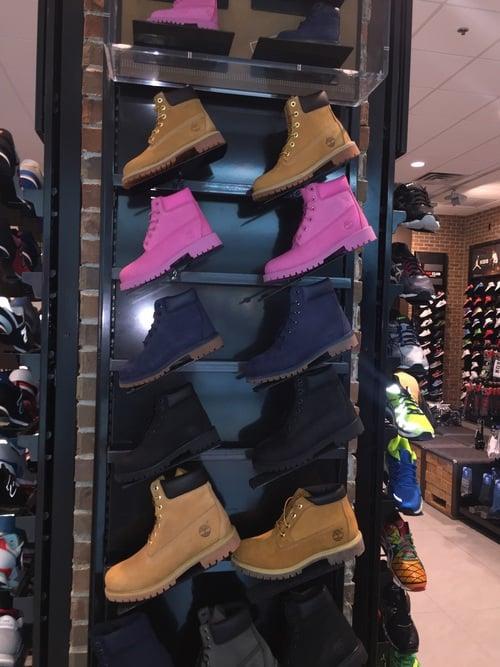 Botas Timberland en una tienda