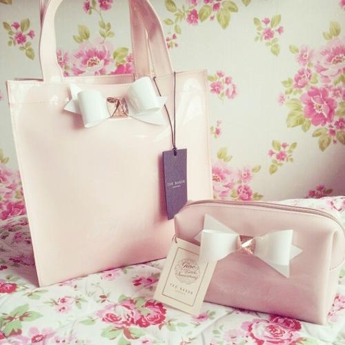 Bolsas para llevar maquillaje
