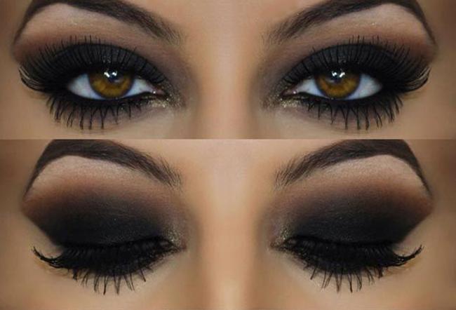 Chica con los ojos pintados al estilo smokey eyes