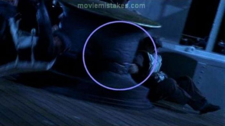 Errores de la película Titanic metal con estrias
