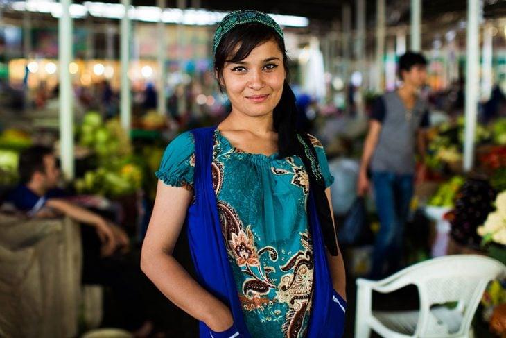 mujer de Tajikistan fotografiada por Mihaela Noroc