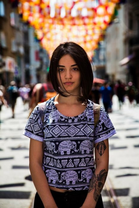 mujer deTurquía fotografiada por Mihaela Noroc