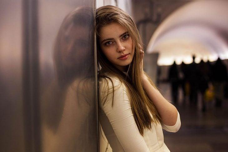 mujer rusa fotografiada por Mihaela Noroc
