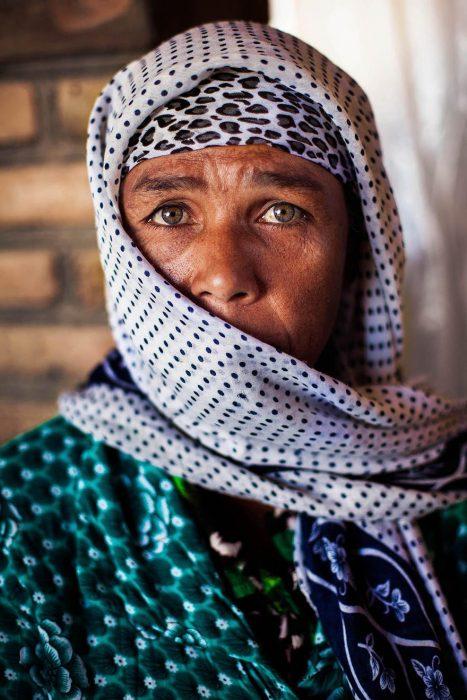 mujer de Uzbekistan fotografiada por Mihaela Noroc