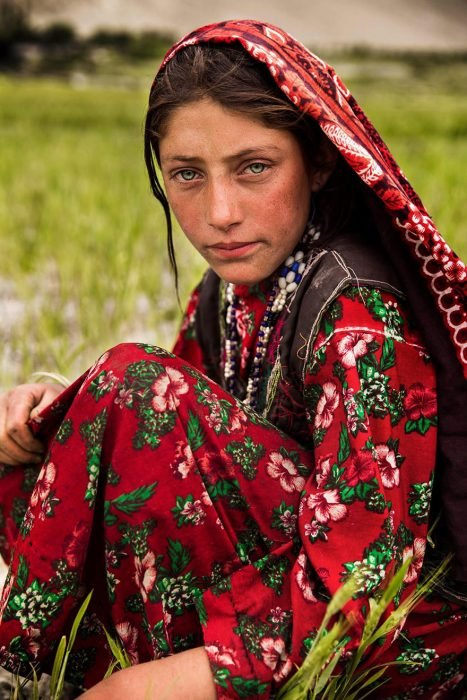 mujer de Afganistan fotografiada por Mihaela Noroc