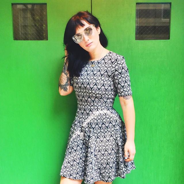 Lauren Urasek en una foto sin maquillaje