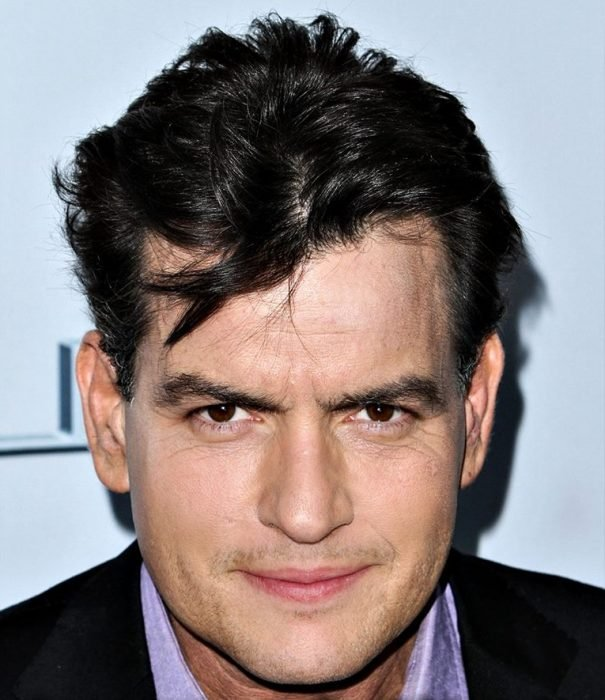 mezcla Ashton Kutcher y Charlie Sheen