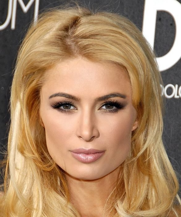 mezcla Paris Hilton y Kim Kardashian