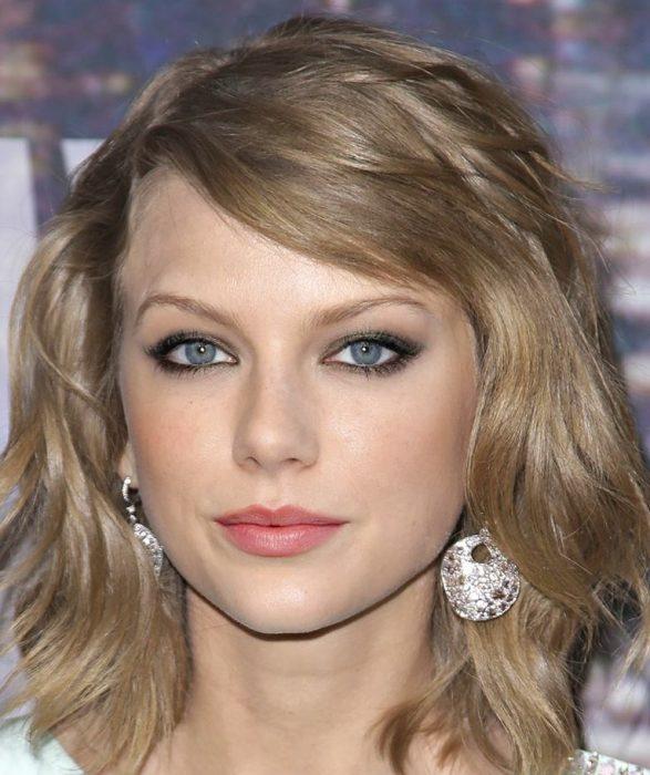 mezcla Taylor Swift y Emma Stone
