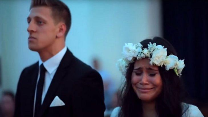 novia nueva zelanda llorando ceremonia haka