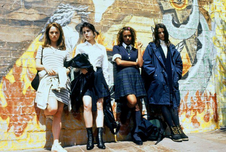 Chicas de la película jóvenes brujas