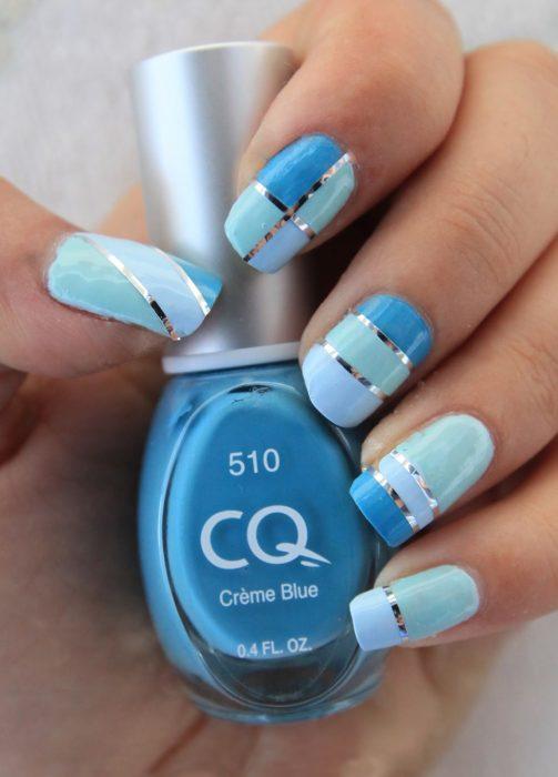 Uñas azules (10)