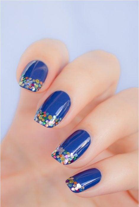 Uñas azules (18)