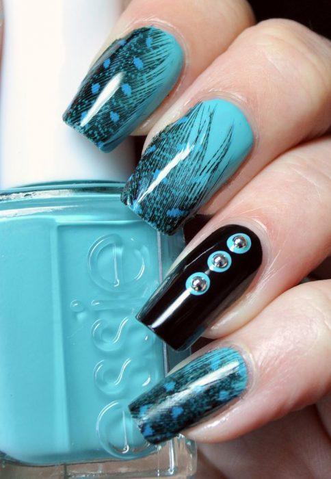 Uñas azules (23)