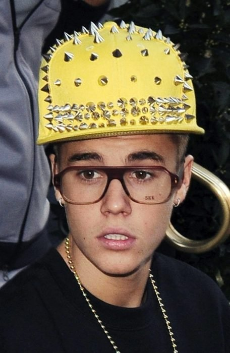 gorras horribles justin bieber