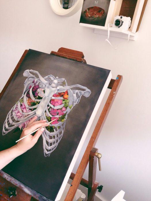 pintura de estructura osea y flores lienzo oleo