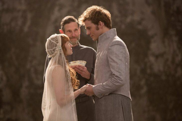 Escena de la película los juegos del hambre pareja casándose
