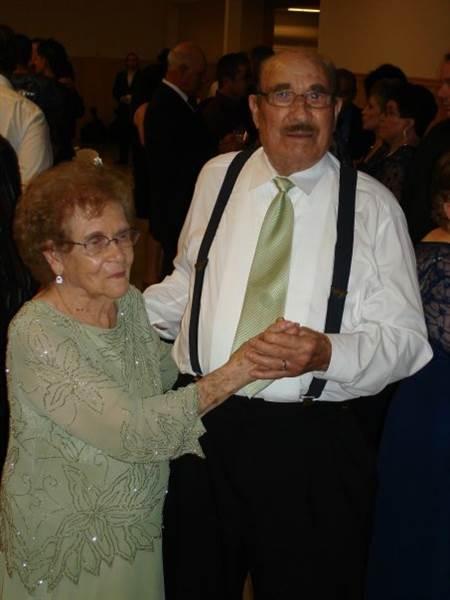Nicholas y Rafaela Ortiz en el 75 aniversario de bodas