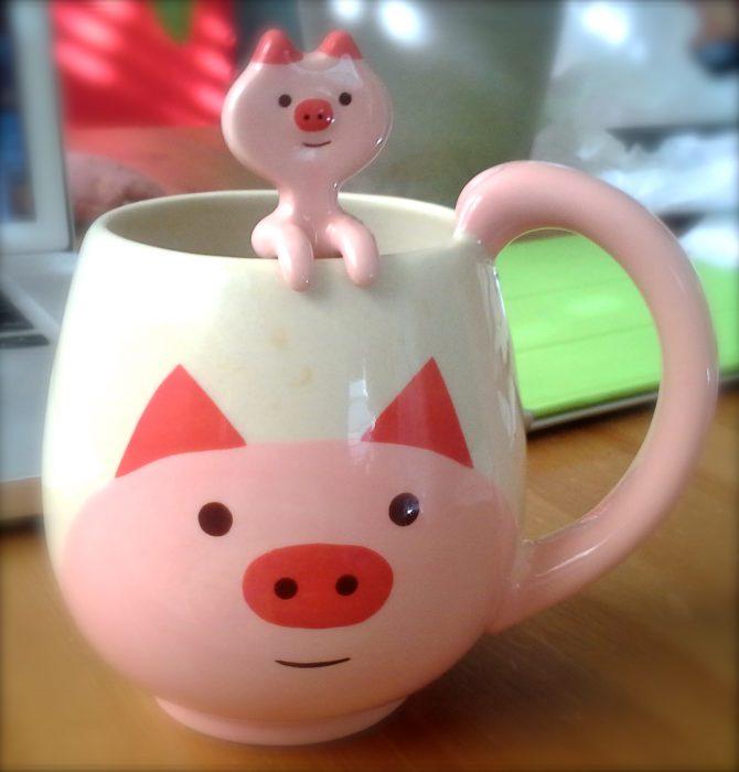 taza de cerámica forma de cerdito
