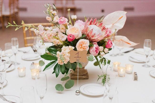 20 ideas de arreglos florales para centros de mesa - Arreglos florales para bodas ...
