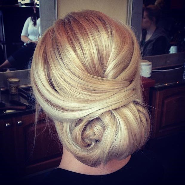 peinado recogido suave
