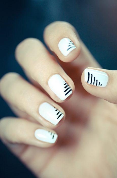 uñas minimalistas