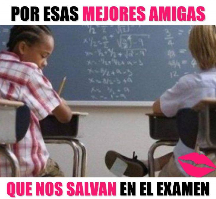 Meme okchicas, niñas copiando en un examen