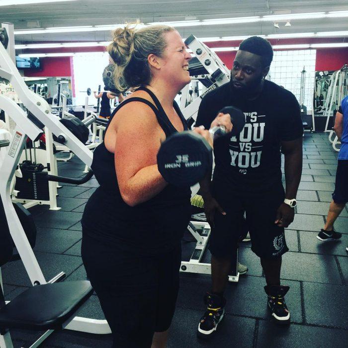 Adonis y Alissa entrenando