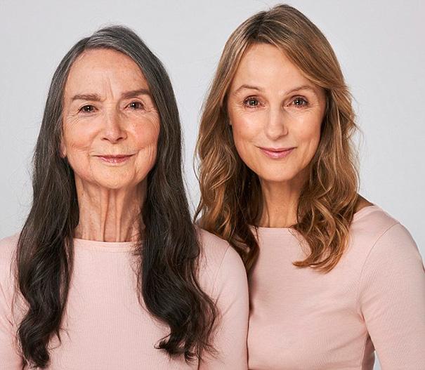 Madre e hija idénticas (6)