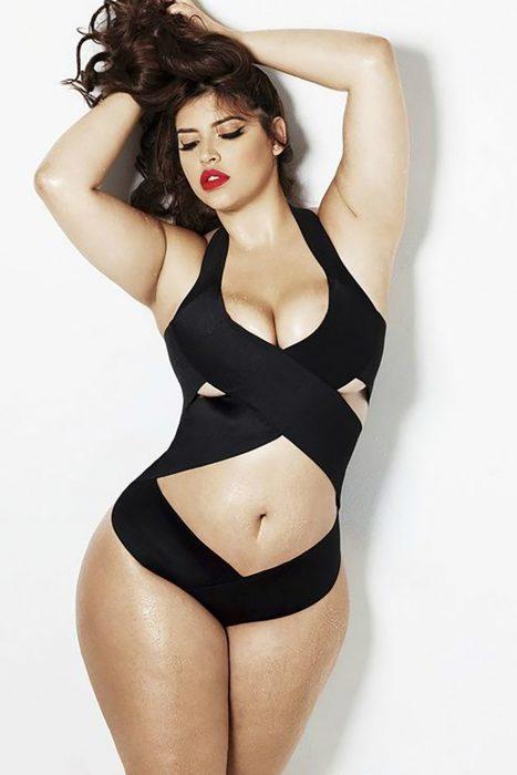 Denise Bidot modelo plus size
