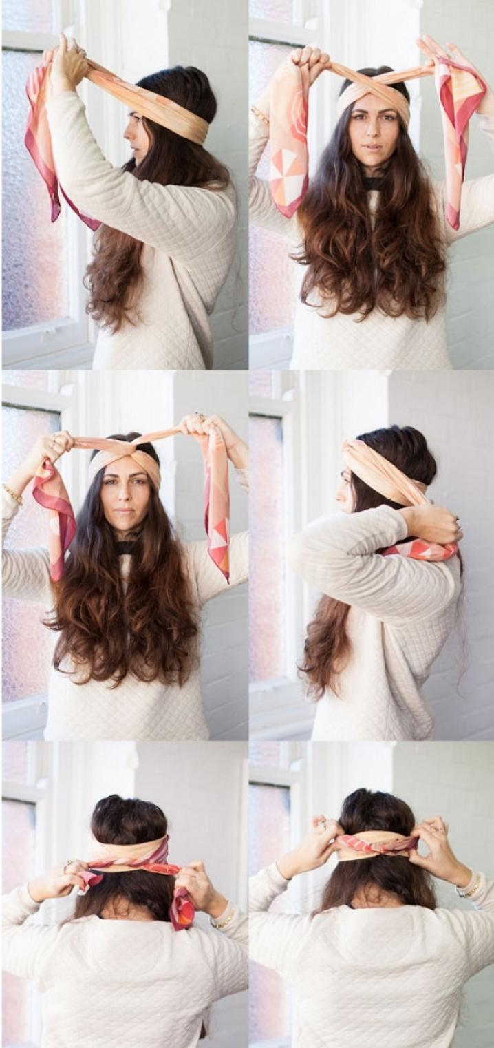 chica mostrando un tutorial de como hacer un peinado con mostrando un tutorial de como