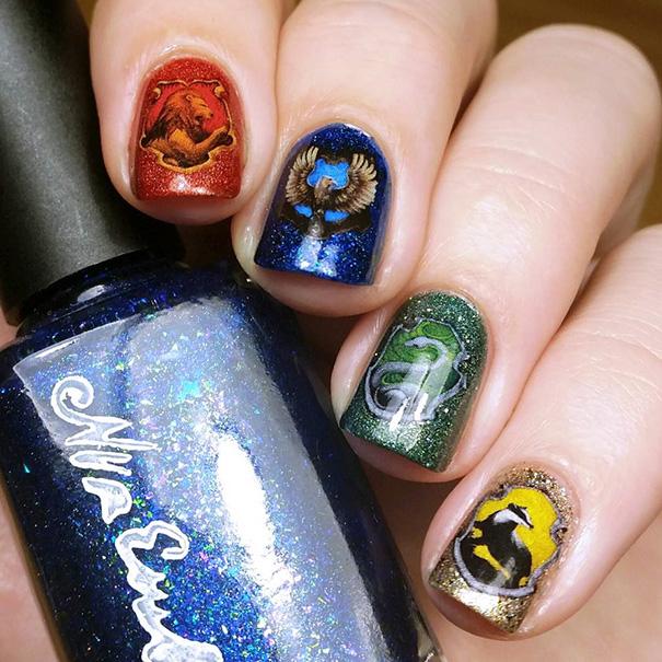 Uñas de Harry Potter con las casas de los magos