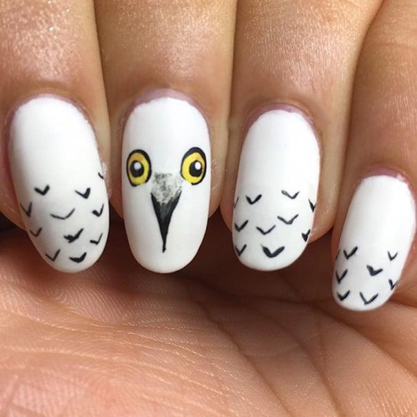 Uñas de Harry Potter con la lechuza hedwick