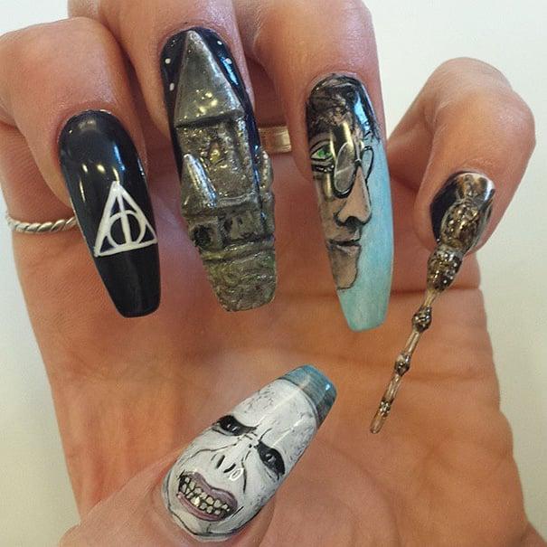 Uñas de Harry potter con escenas de la película las reliquias de la muerte