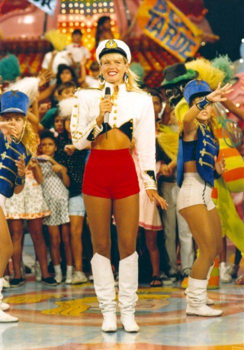 El show de Xuxa vestuario escenografia 90s tv