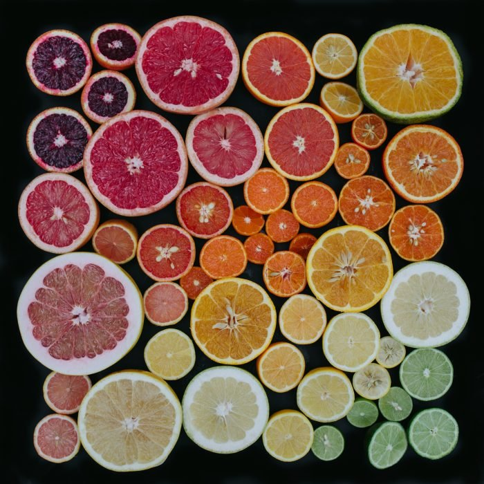 obsesiva del color con citricos de colores