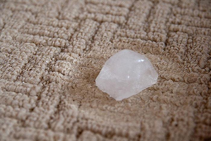 hielos para reformar las hendiduras en las alfombras