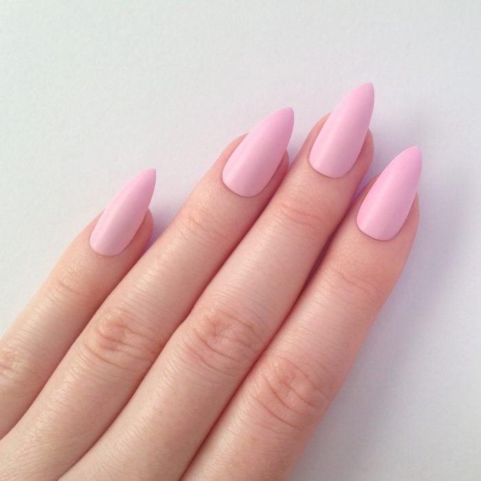 manicura rosa pastel uñas personalidad femenina