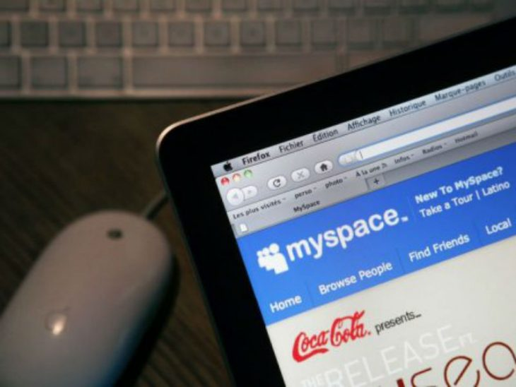 red social my space coca cola laptop mouse