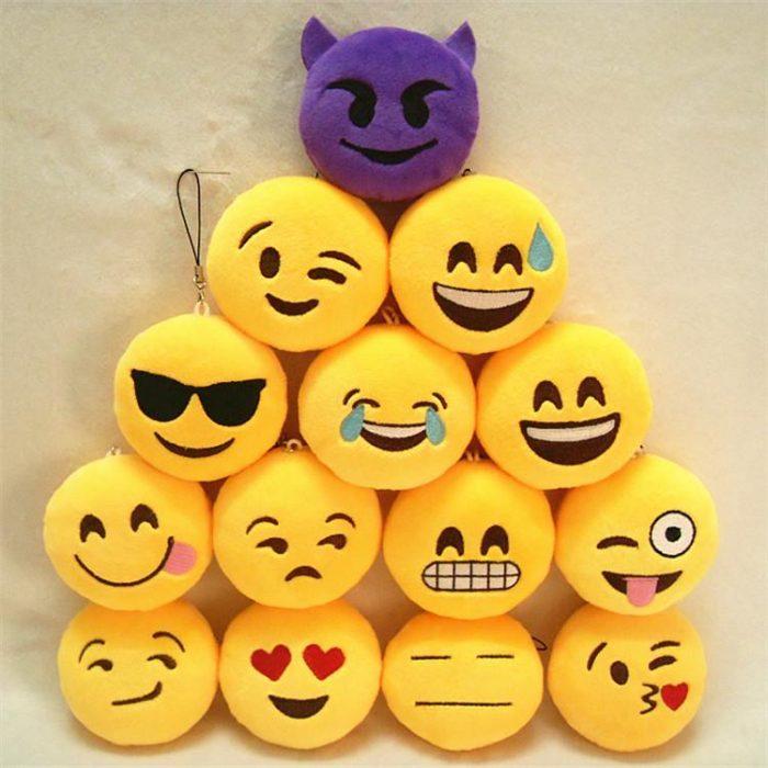 pequeños cojines de whatsapp emoticones