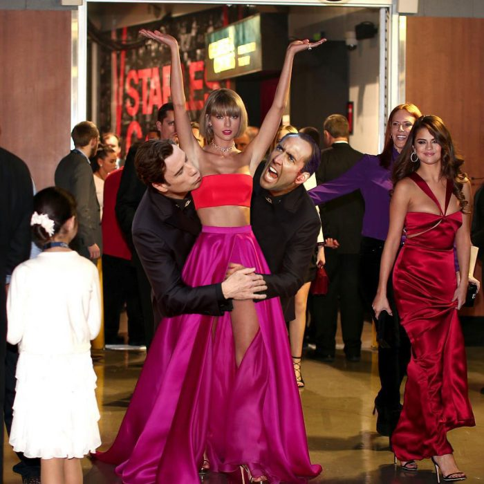 guerra photoshop taylor swift travolta cage