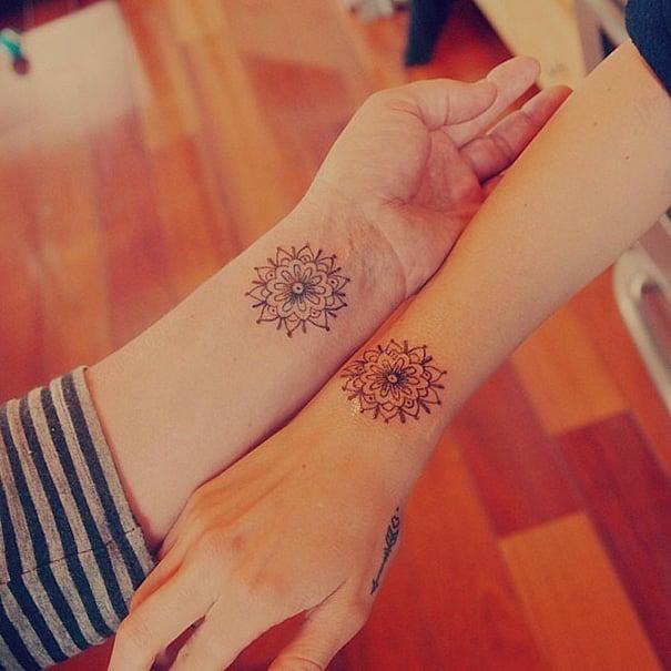 tatuajes hermanas mandalas