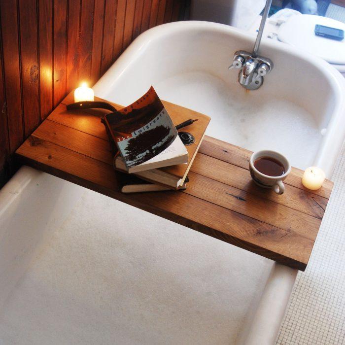 bañera productos de baño velas cafe libro tina