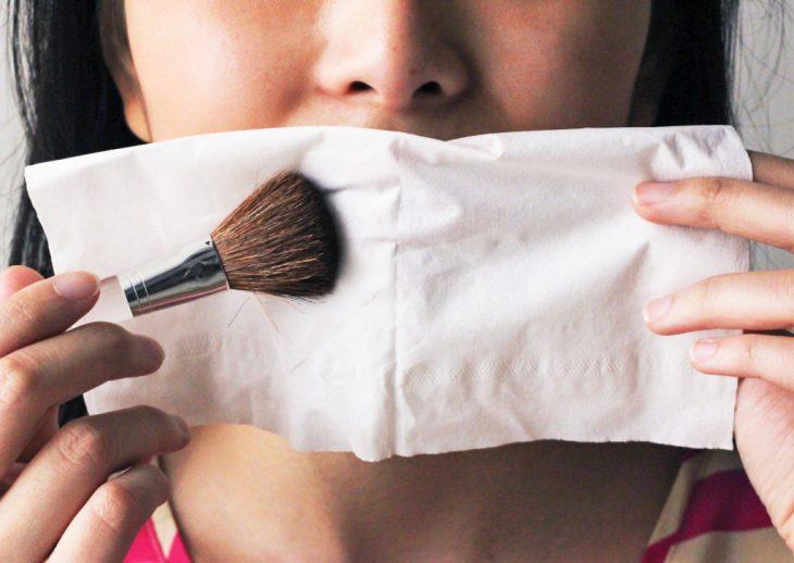 truco para hacer que el labial dure más